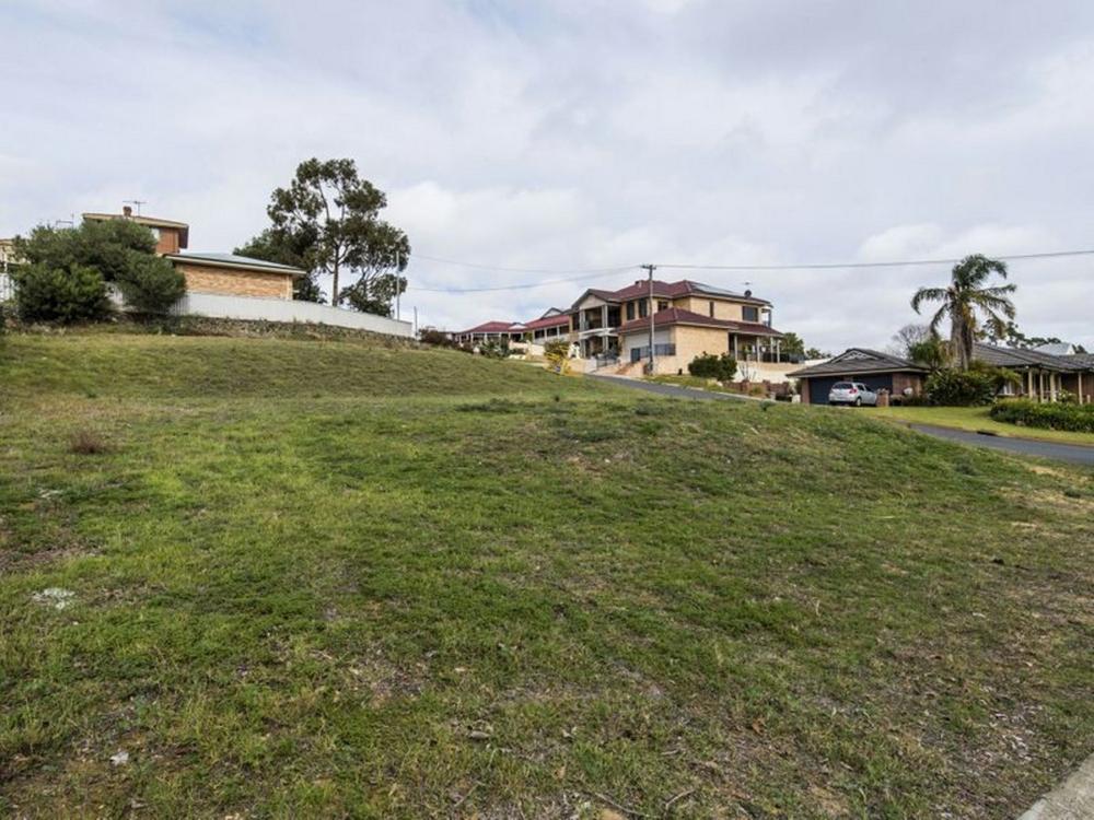 46 Mayne Way, Australind, WA 6233 - Residential For Sale - 6RJHND