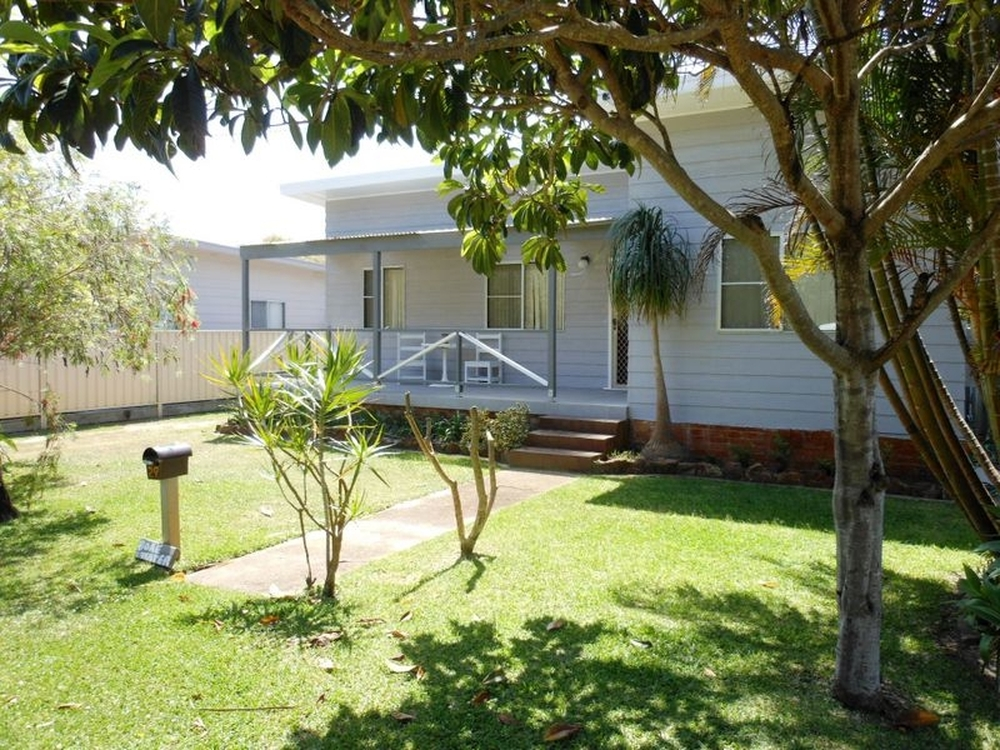 29 Crowdy Street Harrington, NSW 2427