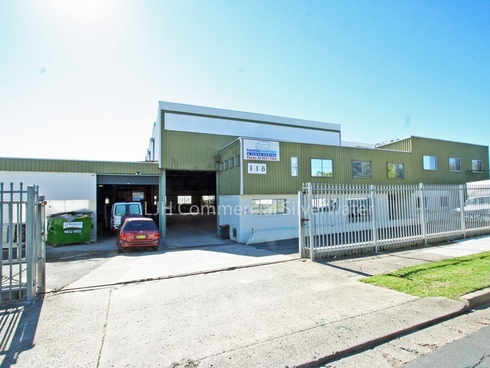 118 Ballandella Road Pendle Hill, NSW 2145