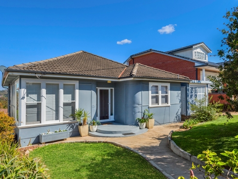 136 Narrabeen Park Parade Mona Vale, NSW 2103