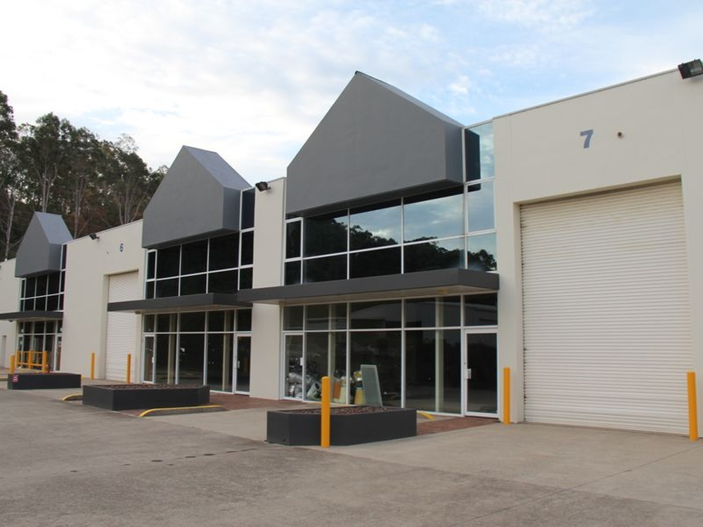 Unit 6 & 7/5 Harbord Road Campbelltown, NSW 2560