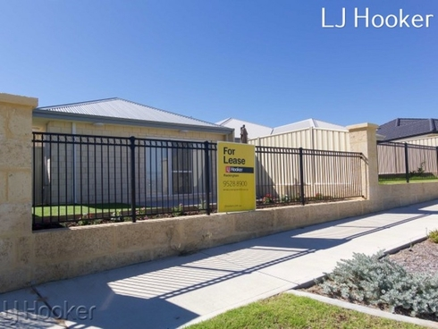 15 Benalla Way Lakelands, WA 6180