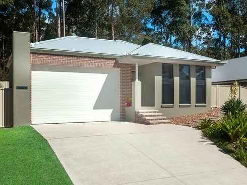 19 Luks Way Batehaven, NSW 2536
