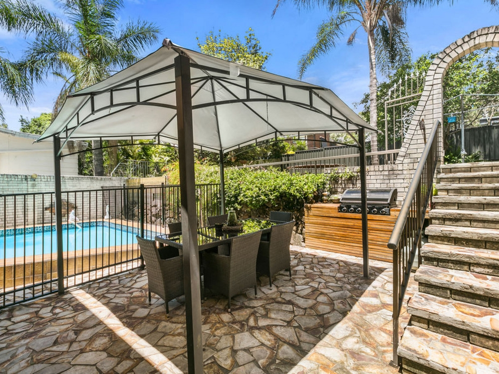 6 Spring Court Nerang, QLD 4211