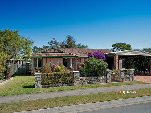 33 Burrumbeet Street Petrie, QLD 4502