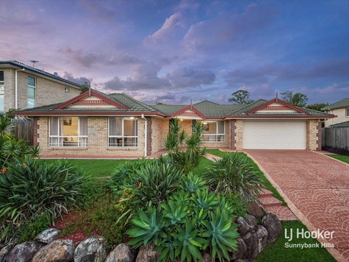 31 Cambridge Place Wishart, QLD 4122