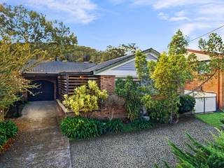 17 Chamberlain Road Wyoming , NSW, 2250