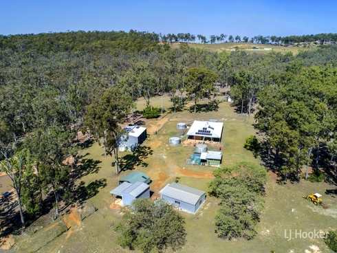 415 Langtons Lane Esk, QLD 4312