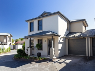 18/346-348 Pacific Highway Belmont North , NSW, 2280