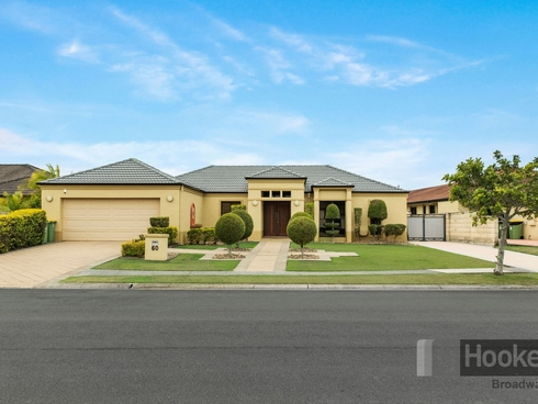 60 Audrey Avenue Helensvale, QLD 4212