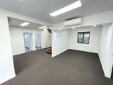 8 RAWLINS STREET Southport, QLD 4215