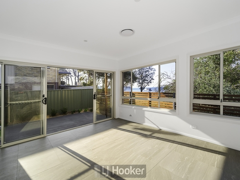 4/300 Main Road Fennell Bay, NSW 2283