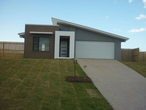 15 Giles Street Glen Eden, QLD 4680