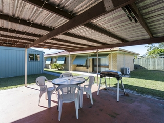 Unit 2/19 Ballanda Crescent Iluka , NSW, 2466
