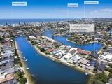 4 Weatherly Avenue Mermaid Waters, QLD 4218