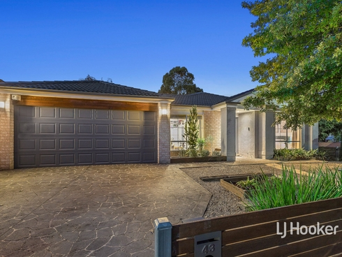 43 Marseilles Way Point Cook, VIC 3030