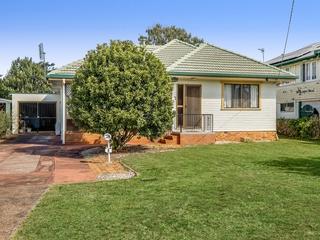 6 Vera Street Newtown , QLD, 4350