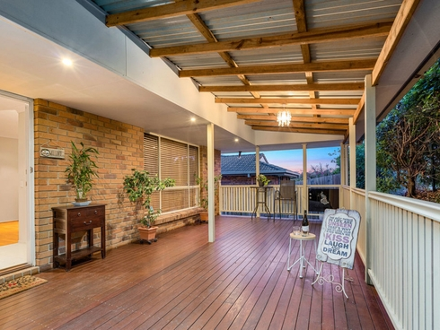 15 Meadowvale Street Oxenford, QLD 4210