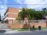 2/745 Logan Road Greenslopes, QLD 4120