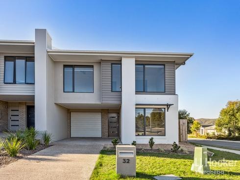 32 Greenstone Street Yarrabilba, QLD 4207