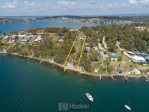 223 Fishing Point Road Fishing Point, NSW 2283
