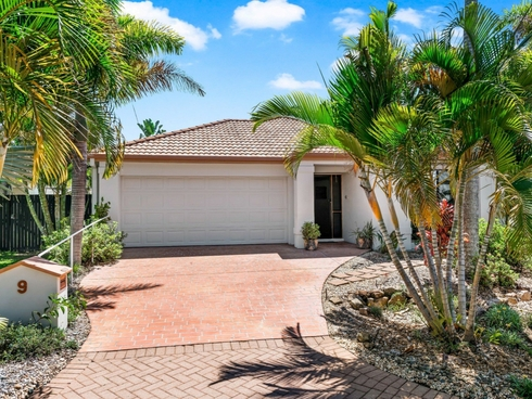 9 Baker-Finch Place Twin Waters, QLD 4564