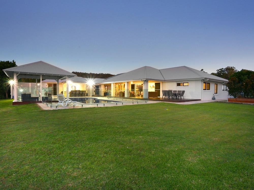 29 Lagoon Park Drive Maudsland, QLD 4210
