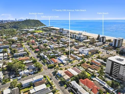 17 Twenty Fifth Avenue Palm Beach, QLD 4221