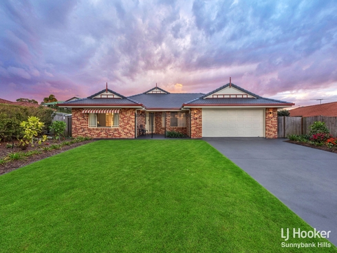 15 Coventry Place Wishart, QLD 4122