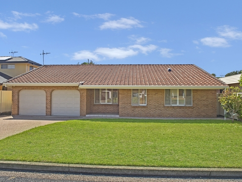 60 Chepana Street Lake Cathie, NSW 2445