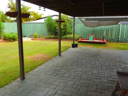 8 River Heights Road Upper Coomera, QLD 4209