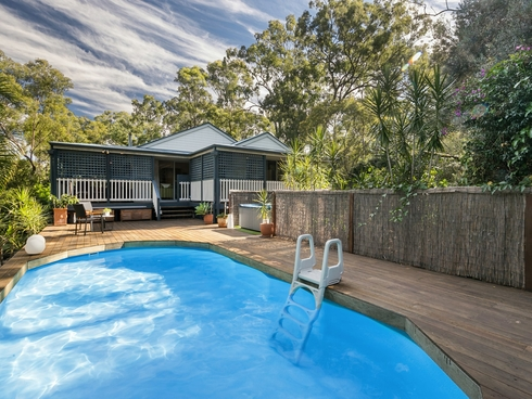 1000 Grandview Road Upper Brookfield, QLD 4069