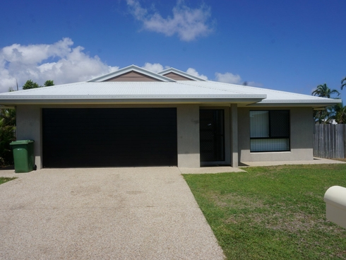 11 Lime Tree Court Bowen, QLD 4805