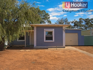 27 Donnington Road Elizabeth North , SA, 5113