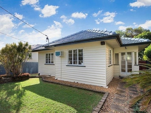 65 Gainsborough Street Moorooka, QLD 4105