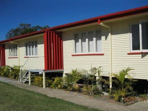 1/2 Daniel Street Lowood, QLD 4311