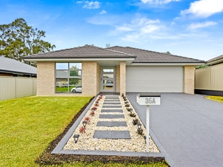 35A Sapphire Drive Rutherford , NSW, 2320