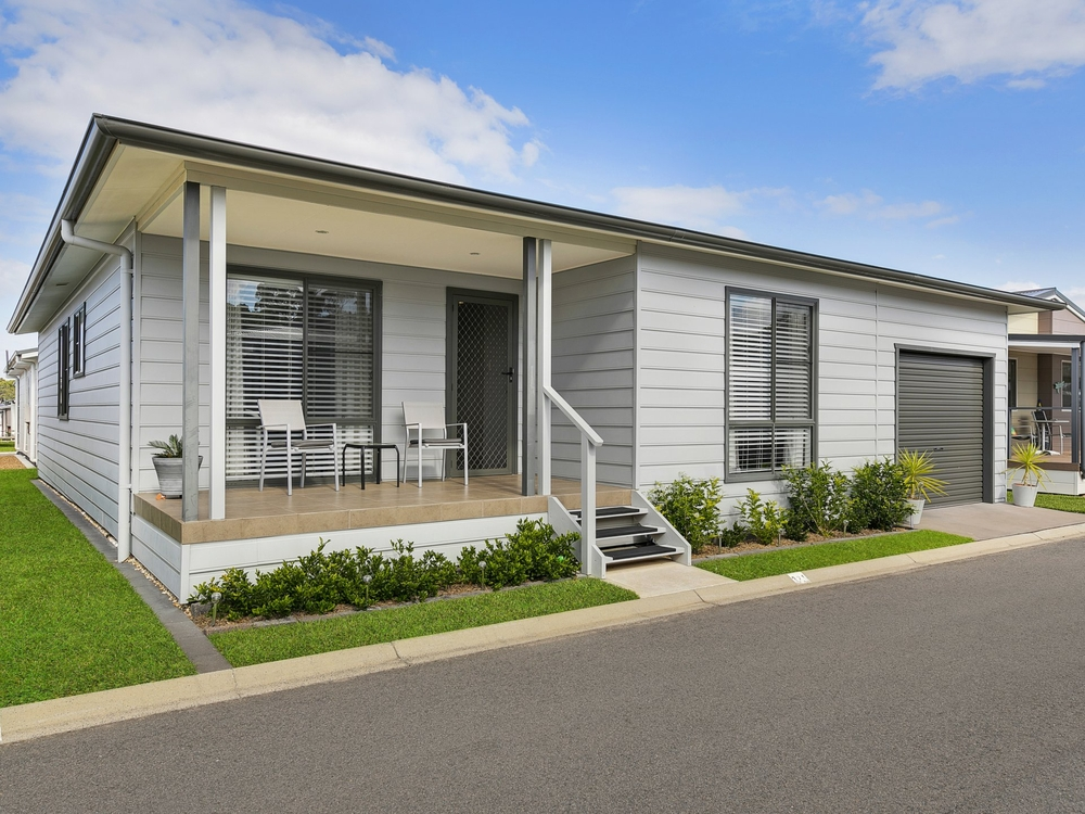 321/25 Mulloway Road Chain Valley Bay, NSW 2259
