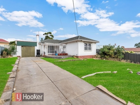13 Walton Avenue Clearview, SA 5085