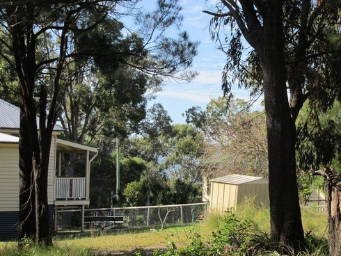 39 Barramundi Street Macleay Island, QLD 4184