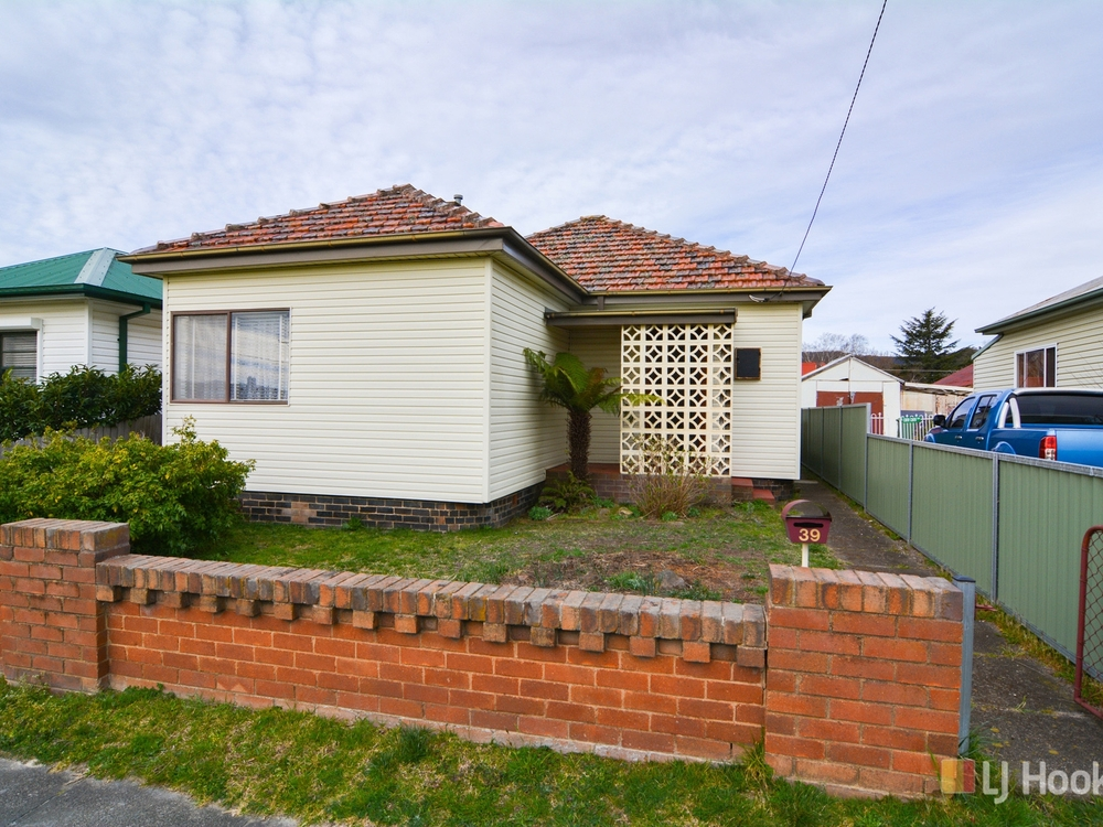 39 Rifle Parade Lithgow, NSW 2790