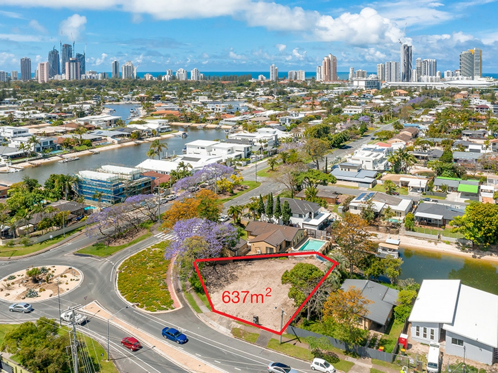 70 T E Peters Drive Broadbeach Waters, QLD 4218