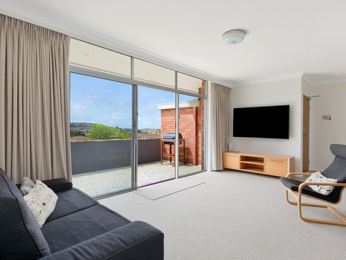 12/2 Avon Road Dee Why, NSW 2099