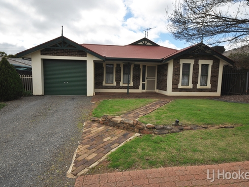 33 Amberdale Road Blakeview, SA 5114