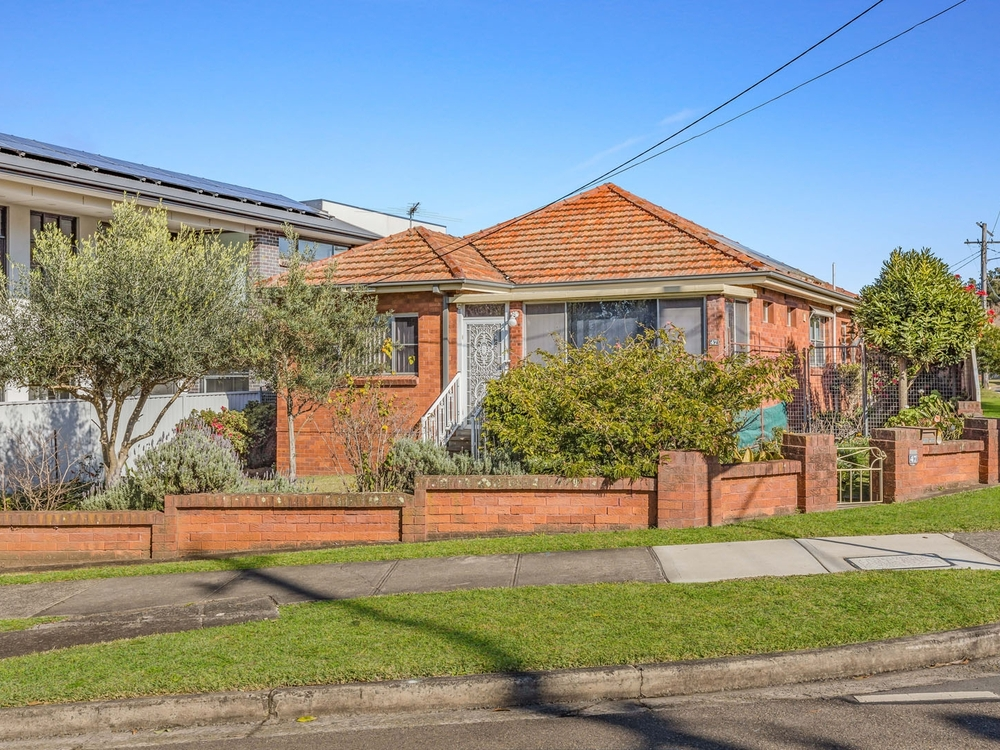 47 Mountview Avenue Beverly Hills, NSW 2209