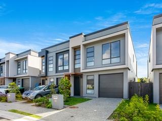 36 Hakea Drive Warriewood , NSW, 2102