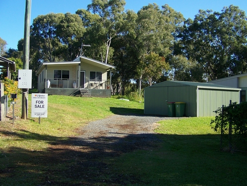 11 SHELLY CRES Lamb Island, QLD 4184