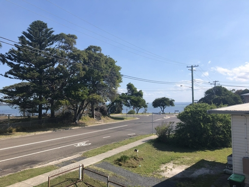 1/6 Crossingham Street Canton Beach, NSW 2263