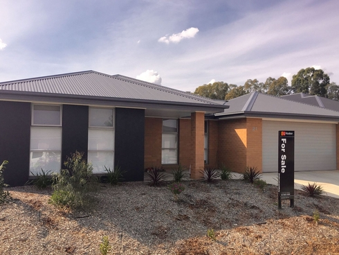 21 Pioneer Place Thurgoona, NSW 2640