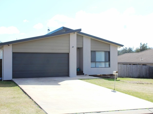 16 Jelica Place Esk, QLD 4312